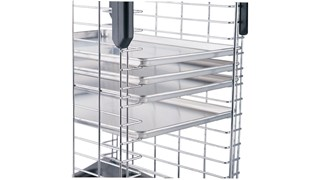 Safely transport food from oven to freezer.