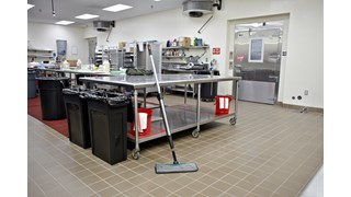 HYGEN™ PULSE™ Microfiber Spray Mop, Single Sided Flat Mop cleans more square feet in less time. Industry-best microfiber, onboard reservoir, and use-controlled release of solution mean cleaner floors faster, easier, and more effectively.
