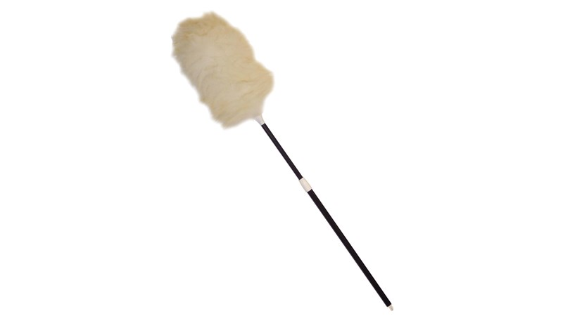 The duster with telescoping black plastic handle has a lamb's wool head. The plastic handle is durable easy to use. Ideal for commercial, industrial, and home environments. Its handle extends to clean hard-to-reach surfaces or high ceilings.