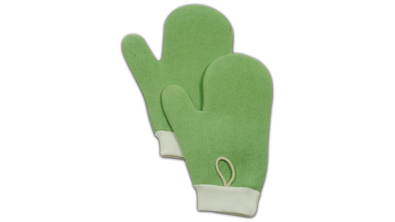 HYGEN™ Microfiber Mitts are double-sided to help make cleaning easier in crevices and around irregular surfaces.