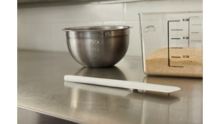 The Rubbermaid Commercial Rubber Spatula features a true rubber blade molded directly onto the handle.