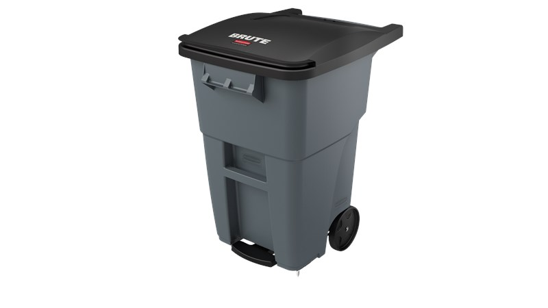 The Rubbermaid Commercial BRUTE® Step-On Rollouts with Casters facilitate hands-free waste disposal with the added benefit of superior mobility. Front swivel casters distribute weight evenly for enhanced maneuverability.