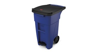 The Rubbermaid Commercial BRUTE® Step-On Rollouts are designed to make managing facility waste easier. With one step, the pedal lifts the lid and allows for hands-free waste disposal.