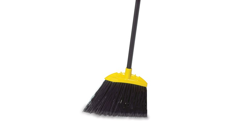 The Rubbermaid Commercial Jumbo Smooth Sweep Angle Broom has long-lasting, stain-resistant polypropylene bristles.