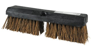 Deck Brush FG9B3400BRN is a high quality deck brush. Plastic block resists splitting and delaminating. Flagged synthetic fibers with palmyra fill help avoid scratching. Long-lasting, stain-resistant polypropylene bristles.