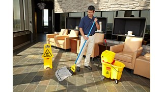 The Rubbermaid Commercial Maximizer™ Mop has a specially designed tailband which delivers 30% greater spread in use.