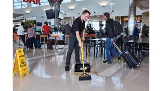 The Rubbermaid Commercial Maximizer™ cleaning tools help workers save time by reducing steps in a task, reducing the time of a step and reducing user effort.  Engineered to last and designed to perform in a variety of common spaces, Maximizer cleaning tools deliver fast, consistent results shift after shift.