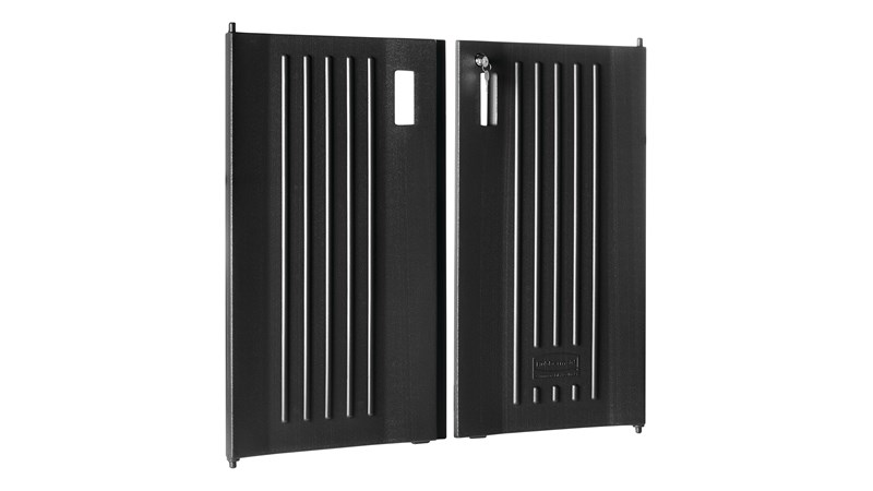 The Rubbermaid Commercial Products Executive Locking Door Kit for Traditional Housekeeping Carts secures and conceals supplies and amenities throughout the housekeeping process.